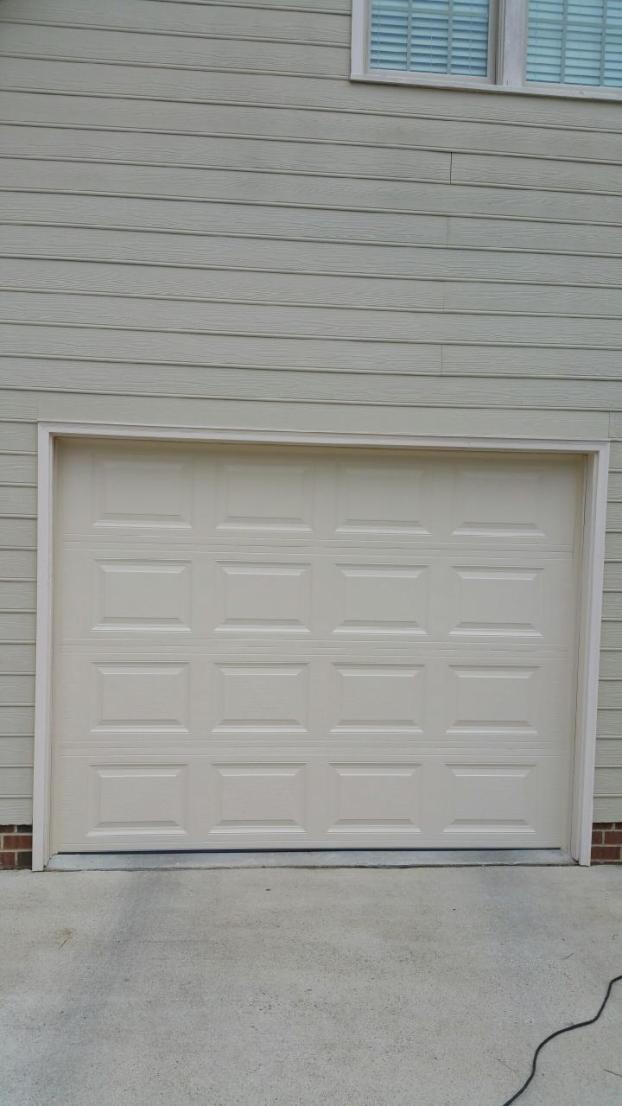 Single car residential garage door